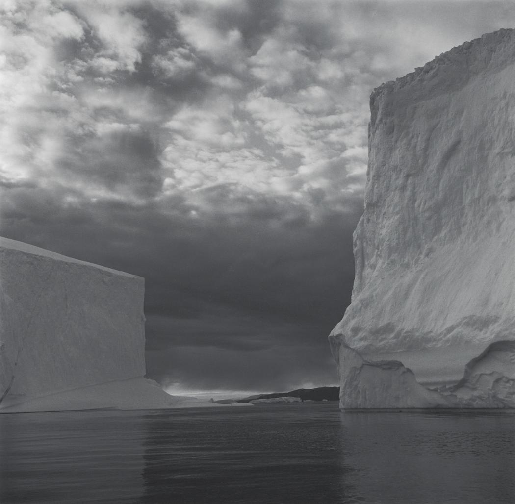 Lynn Davis Series: Ice 1988-2007 2000, Greenland