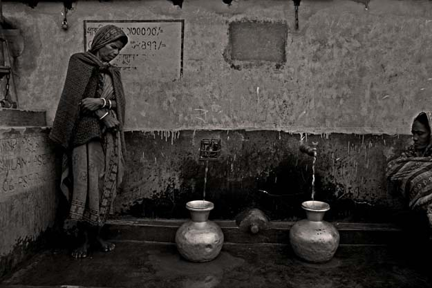 Munem Wasif, Salt Water Tears: Lives Left Behind in Satkhira, Bangladesh